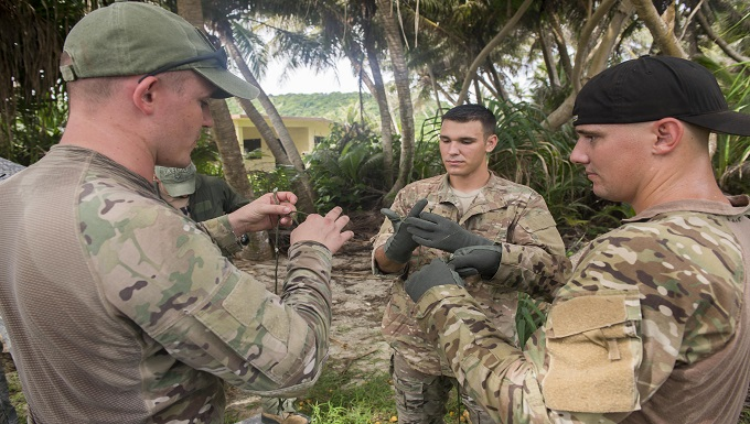 SERE instructor starts new course at Andersen